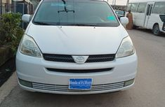 2004 Toyota Sienna - XLE for sale