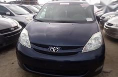 Toyota Sienna 2005 Blue for sale