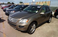 Very Clean 2008 Mercedes Benz ML 350 Brown for sale
