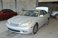 Lexus ES 330 2004 sliver for sale