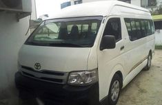Toyota Hiace Bus 2008 White for sale