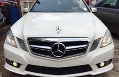 Mercedes Benz C300 2015 White for sale