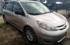 Toyota Sienna 2007 Gold For Sale