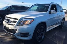 Mercedes Benz GLK350 2015 White for sale