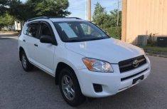 Toyota RAV4 2009 white for sale