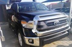 Claen Toyota Tundra 2014 Black for sale