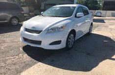 Toyota Matrix 2005 White for sale