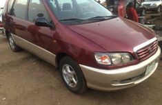 2004 Toyota Picnic Red for sale