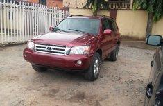 Toyota Highlander 2004 Red for sale