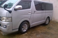 Toyota Hiace bus for urgent sales