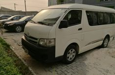 2014  Toyota HiAce Bus White for sale