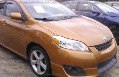2013 Tokunbo Toyota Matrix Orange for sale