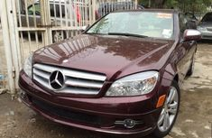 Mercedes Benz C300 2010 Red for sale