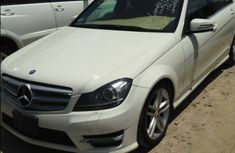Mercedes Benz C300 2009 White for sale
