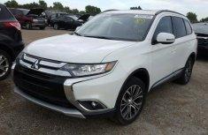 Mitsubishi Outlander 2013 White for sale