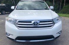 Toyota Highlander 2012 white for sale