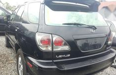 Neat Lexus RX 300 2002 Black