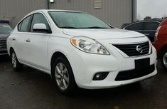 2011 Nissan Versa White for sale