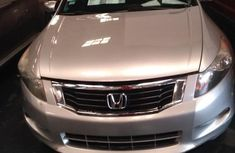 Tokunbo Honda Accord 2009 for sale
