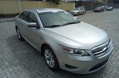 Ford Taurus 2004  for sale