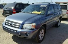 Toyota Highlander 2004 Blue for sale