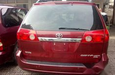 Toyota Sienna 2008 Red for sale
