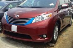 Toyota Sienna for sale 2013