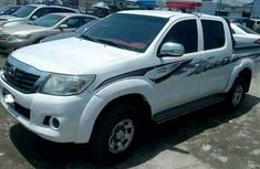 2013 Toyota Hilux for sale white