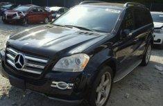 Mercedes Benz GLK550 2015 Black for sale