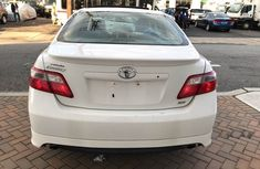 2009 White Toyota Camry for sale