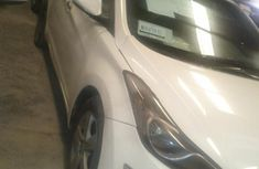 Clean Hyundai Elanta 2013 White for sale