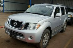Nissan Pathfinder 2009 Silver for sale
