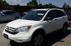 Honda CR-V 2010 White for sale