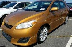 Gold Toyota Matrix 2010 for sale