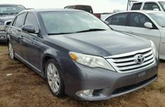 Gray Toyota Avalon 2009 for sale