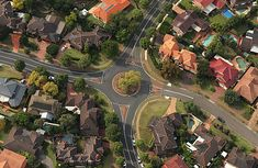 Tips to handle roundabouts like a pro!