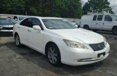 Lexus ES330 2011 White for sale