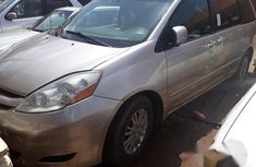 Toyota Sienna XLE 2008 Silver for sale