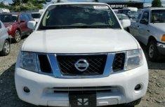 Nissan Pathfinder 2005 white for sale