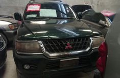 Mitsubishi Montero 2000 Green for sale