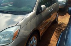 Toyota Sienna 2006 Gold for sale