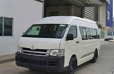 2010 Toyota Hiace White for sale