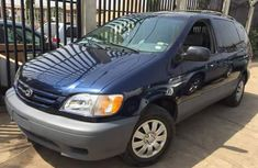 Blue 2003 Toyota Sienna for sale