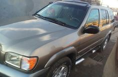 Nissan Pathfinder 2002 Gray for sale