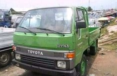 Toyota Dyna 2002 Green for sale