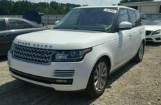 Land Rover Range Rover Vogue 2010 white for sale
