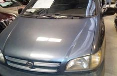 Totota Sienna 2000 Blue for sale
