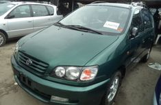 2003 Toyota Picnic Green for sale