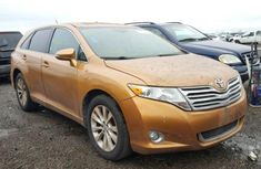 2015 Tokunbo Toyota Venza Gold for sale