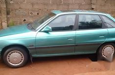 Clean Opel Astra 1998 Green for sale